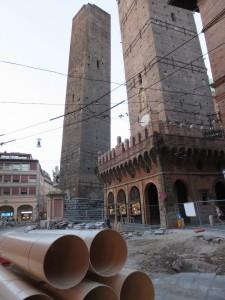 der schiefe Turm von Bologna