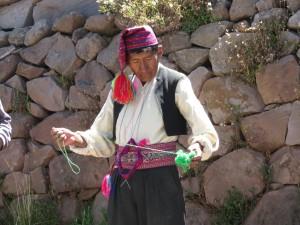 einer der strickenden Männer von Taquile
